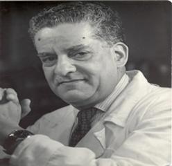 Manuel Martínez Báez (Morelia, Michoacán, 26 de septiembre de 1894 - Ciudad de México, 19 de enero de 1987) fue un médico patólogo, escritor y académico ... - dr-manuel-martinez-baez