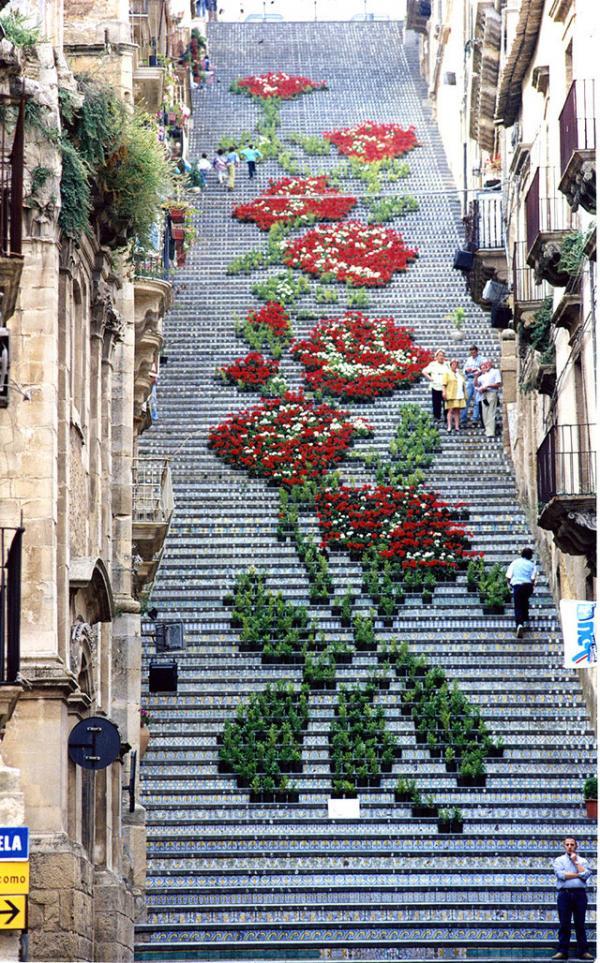 Escaleras en Sicilia, Italia