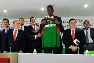 Un exToro será entrenador de la Selección Mexicana de Basquetbol