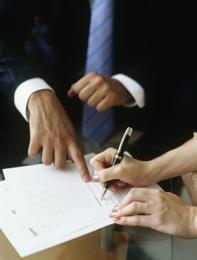 Firma de contratos por ENAP para exploración y explotación