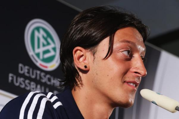 mesut-ozil.jpg