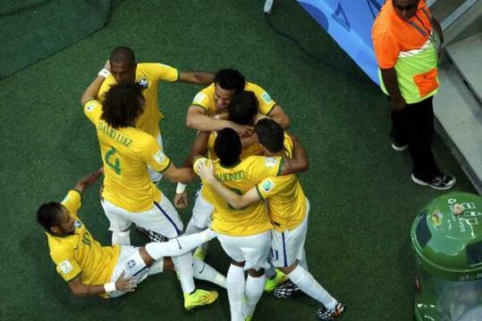 neymar-resbalon.jpg