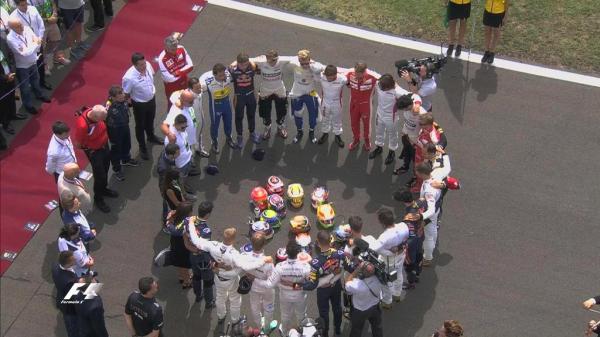 Los pilotos de la Fórmula 1 se unieron en una oración por Jules Bianchi, a quien dedicaron la carrera.