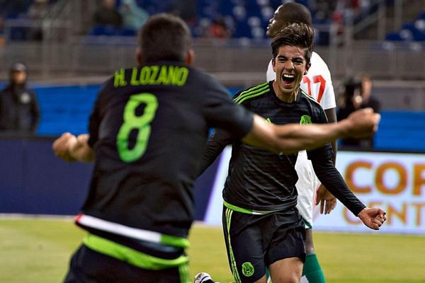 Selección Mexicana Rodolfo Pizarro