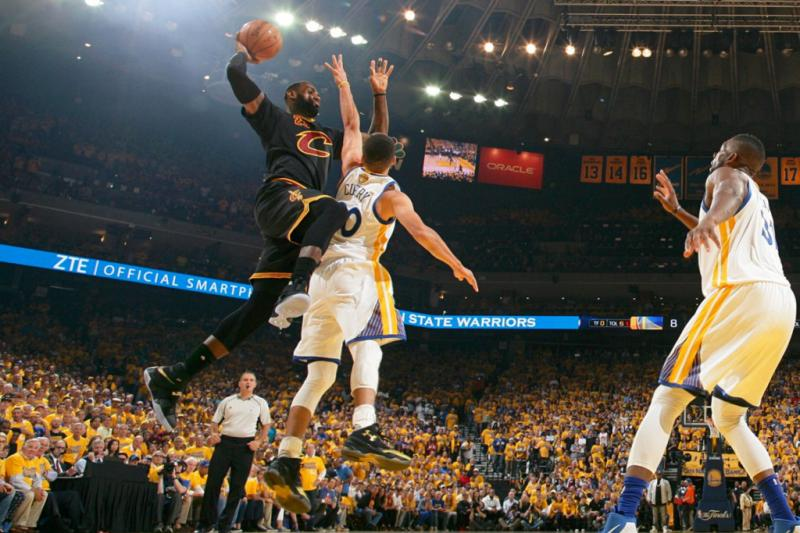 LeBron James Stephen Curry Cavaliers Warriors