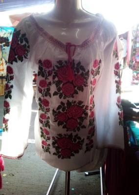 506aaaeae Sol Azteca presenta ropa artesanal para la mujer